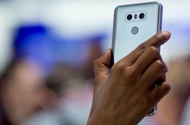 Новый смартфон LG G7 ThinQ